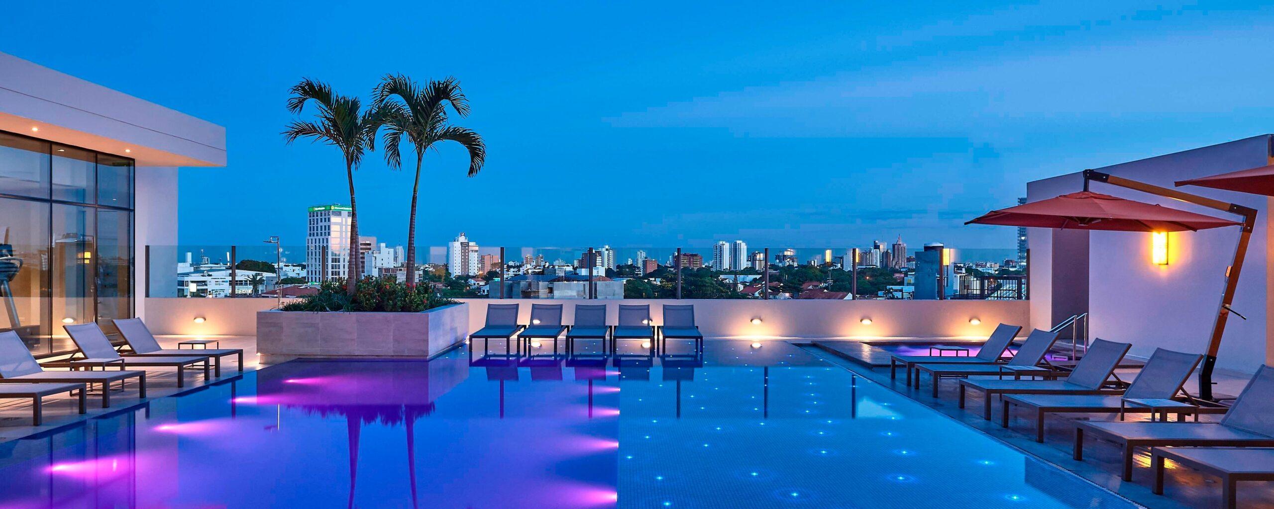 Refacción de Piscina Marriott Hotel